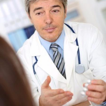 Quelles sont les obligations des cliniques vis-à-vis de leurs patients à travers l'hébergement et la fourniture de soins