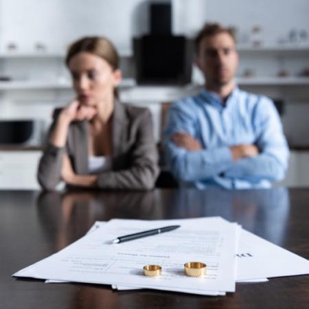 Divorce par consentement mutuel à Arlesrapide et abordable